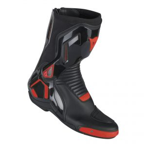 Course D1 Out Black:Fluo Red